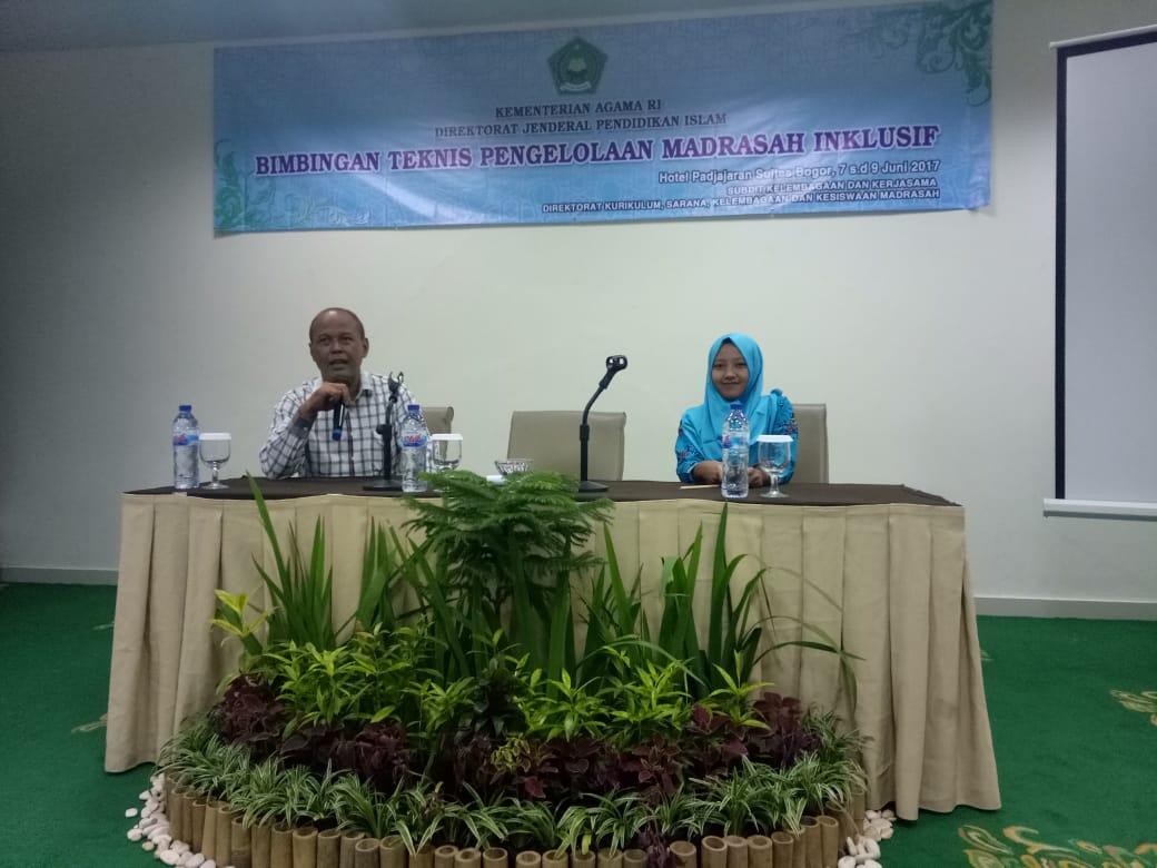 Kamad MTs. Wachid Hasyim Surabaya