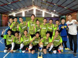 WhatsApp Image 2020 01 13 at 11.32.081 300x225 - MTs. Wachid Hasyim Surabaya, Raih Juara 2 Turnamen Futsal
