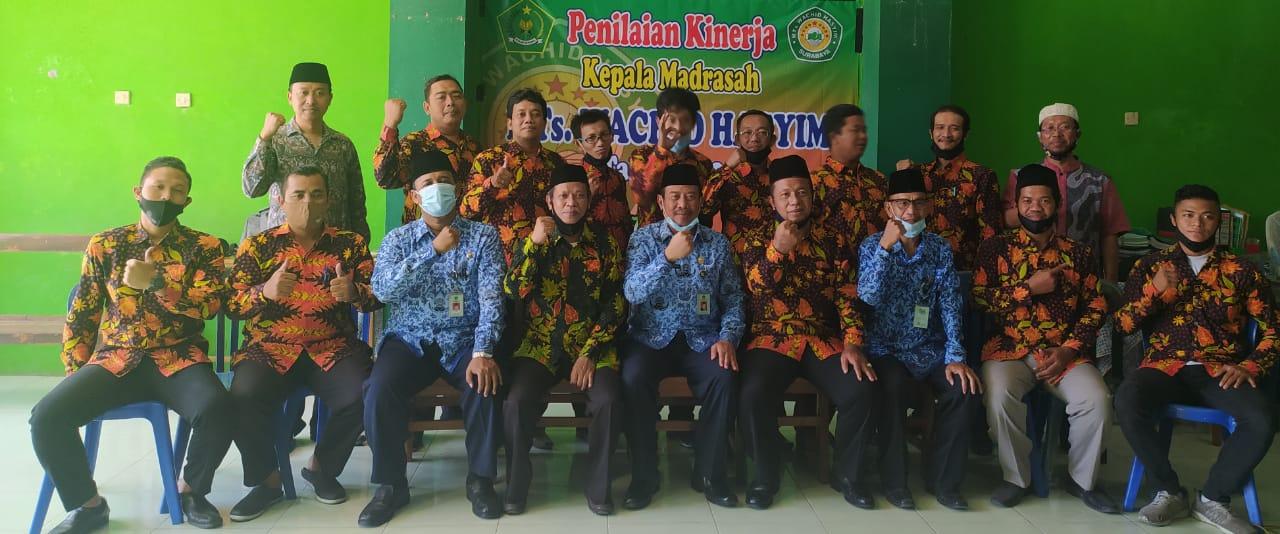 Kunjungan Ka KEMENAG Surabaya Ke MTs Wachiid Hasyim Surabaya