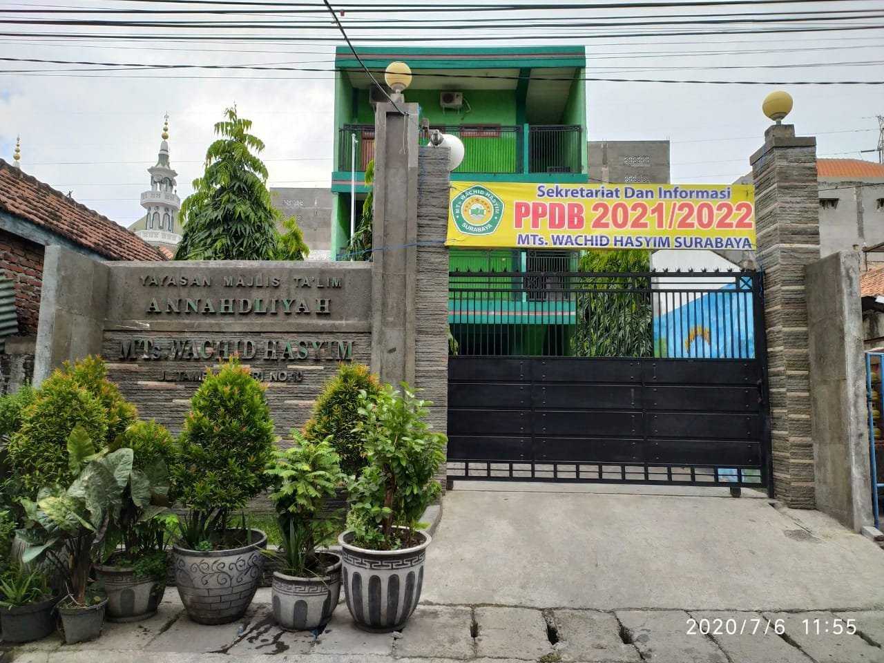 MTs Wachid Hasyim Surabaya