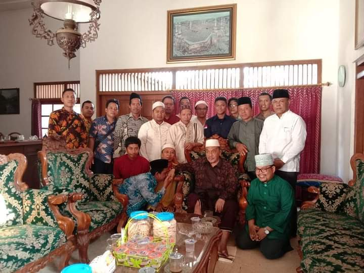 Dewan Guru Bersama Pengasuh Pondok Pesantren Darul Ulum Grati Pasuruan